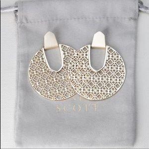NWT Kendra Scott Diane Gold Earrings Gold Filigree